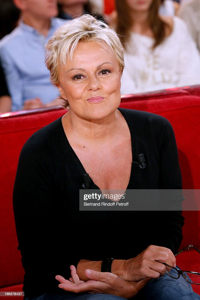 Main Guest of the show humorist Muriel Robin attends the 'Vivement Dimanche' French TV Show at Pavillon Gabriel on October 30 2013 in Paris France