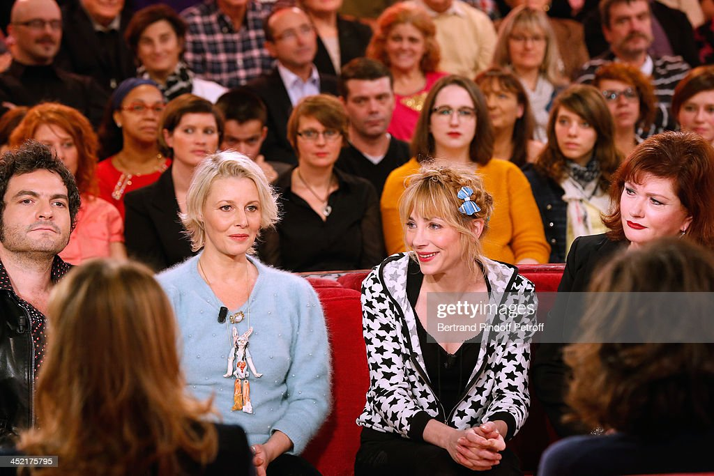 Main guest of the show, singer Mathieu Chedid, Actress and artist Florence Thomassin, actresses Julie Depardieu and Catherine Jacob attend 'Vivement Dimanche' French TV Show at Pavillon Gabriel on November 26, 2013 in Paris, France.