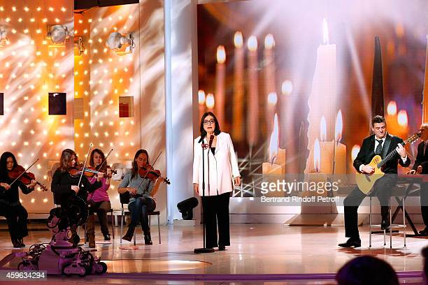 Main guest of the show singer Nana Mouskouri performs and presents her 'Happy birthday tour' during the 'Vivement Dimanche' French TV Show at...