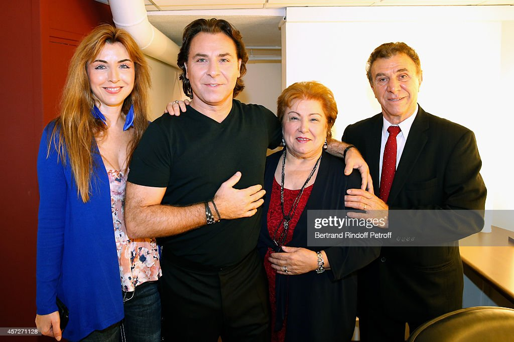 Main Guest of the show Tenor <a gi-track='captionPersonalityLinkClicked' href=/galleries/search?phrase=Roberto+Alagna&family=editorial&specificpeople=679931 ng-click='$event.stopPropagation()'>Roberto Alagna</a> with his parents and his sister Marinella attend the 'Vivement Dimanche' French TV Show at Pavillon Gabriel on October 15, 2014 in Paris, France.
