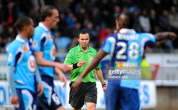 Main referee Stephane Lannoy reacts during the French L2 football match Le Havre vs Reims at the Jules Deschaseaux stadium on April 27 2011 in Le...