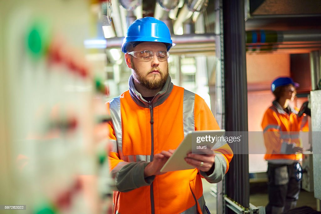 Maintenance engineer : Stock Photo