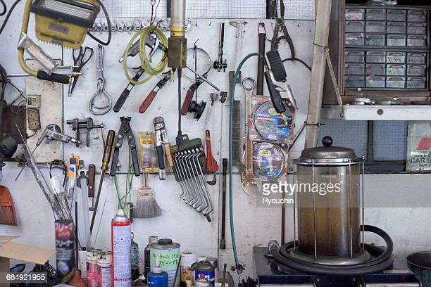 Maintenance plant, A mechanic's tool, Repair tool