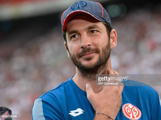 Mainz' head coach Sandro Schwarz reacts prior to the German First division Bundesliga football match between VfB Stuttgart and 1 FSV Mainz 05 in...