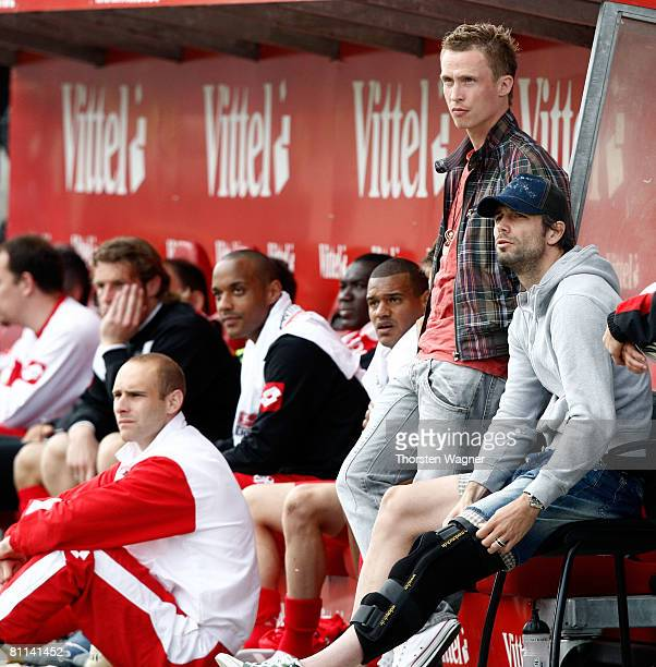 Mainz injured player Marco Rose and his teammate Petr Ruman shows his frustation during the 2nd Bundesliga match between FSV Mainz 05 and FC StPauli...
