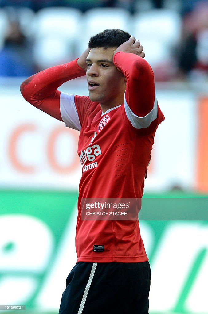 Mainz's striker Shawn Parker reacts during the German first division Bundesliga football match between FC Augsburg and FSV Mainz 05 in Augsburg, southern Germany, on February 10, 2013. Shawn Parker got the red card during the first time.