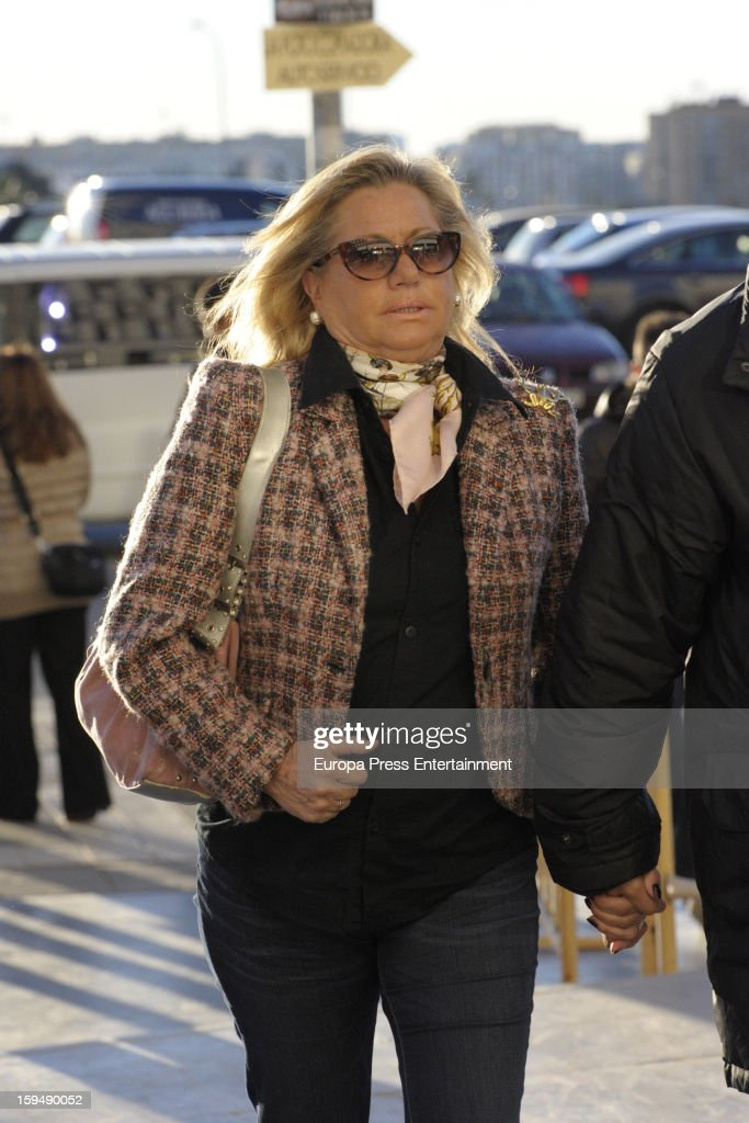 Maite Zaldivar arrives at Malaga court for the ongoing trial for alleged money-laundering and embezzlement on January 14, 2013 in Malaga, Spain. The 2006 scandal has put nearly 100 people on trial for alleged involvement in bribes to city officials by property developers for planning permissions.