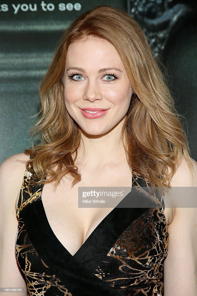 <a gi-track='captionPersonalityLinkClicked' href=/galleries/search?phrase=Maitland+Ward&family=editorial&specificpeople=2850630 ng-click='$event.stopPropagation()'>Maitland Ward</a> arrives at the screening of Relativity Media's 'Oculus' at TCL Chinese 6 Theatres on April 3, 2014 in Hollywood, California.
