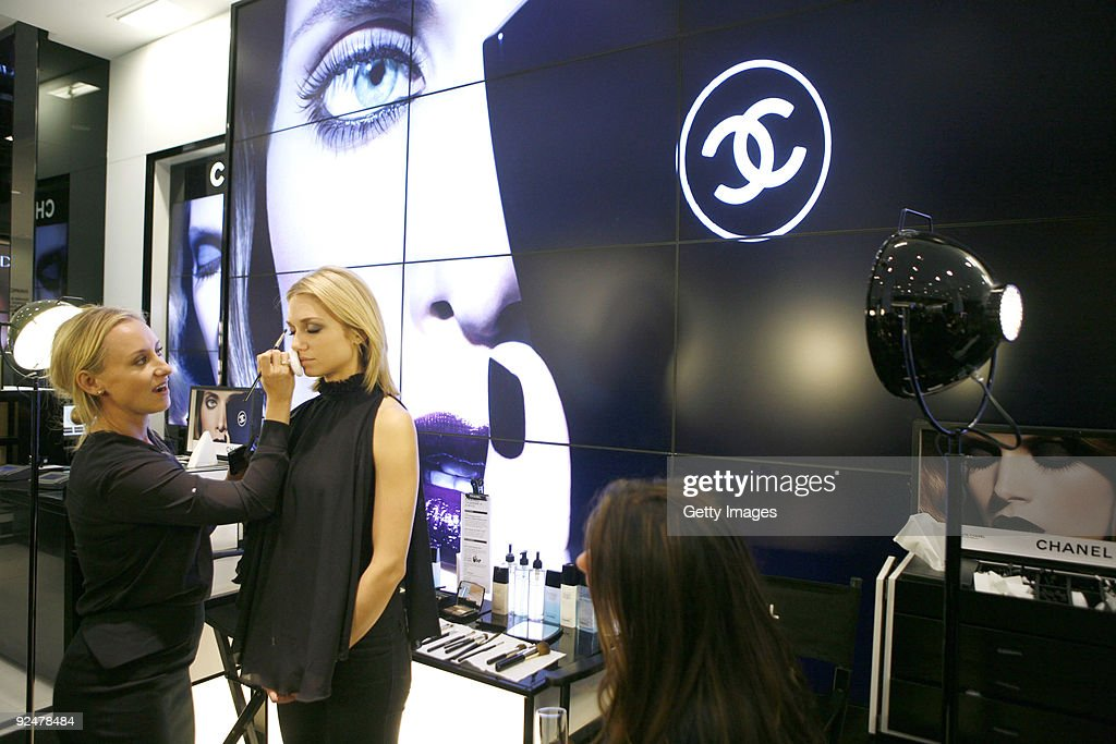 CHANEL Makeup Studio Opening