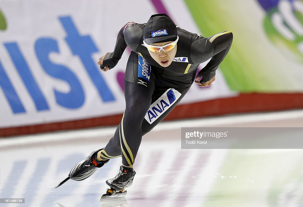 <a gi-track='captionPersonalityLinkClicked' href=/galleries/search?phrase=Maki+Tsuji&family=editorial&specificpeople=7362026 ng-click='$event.stopPropagation()'>Maki Tsuji</a> of Japan competes in the women's 500 meter race during the ISU World Cup Speed Skating event November 9, 2013 in Calgary, Alberta, Canada.