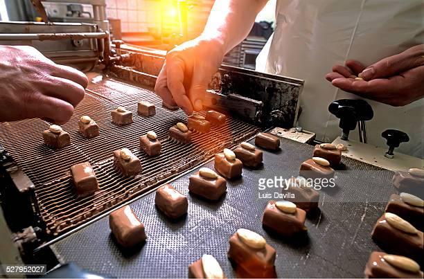 Making Belgium chocolates