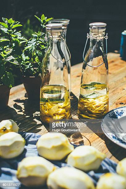 Making limoncello