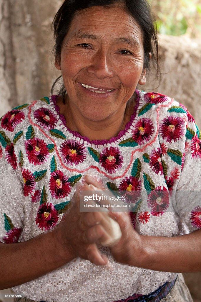 Making Tortillas in Momostenango