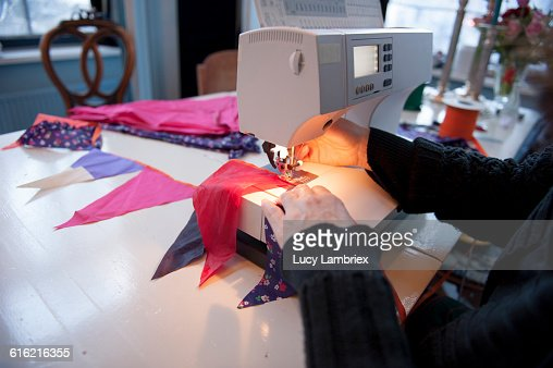 Making weather proof bunting out of old umbrellas : Foto stock