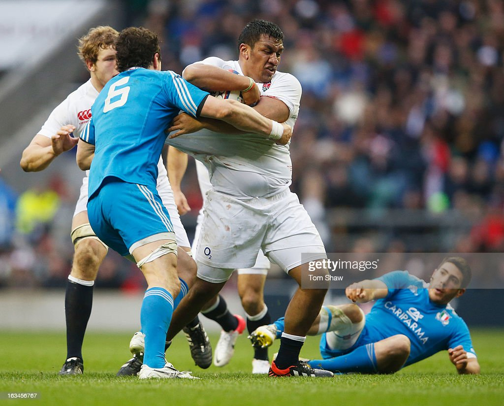 Mako Vunipola of England battles with Alessandro Zanni of Italy during the RBS Six Nations match England and Italy at Twickenham Stadium on March 10, 2013 in London, England.