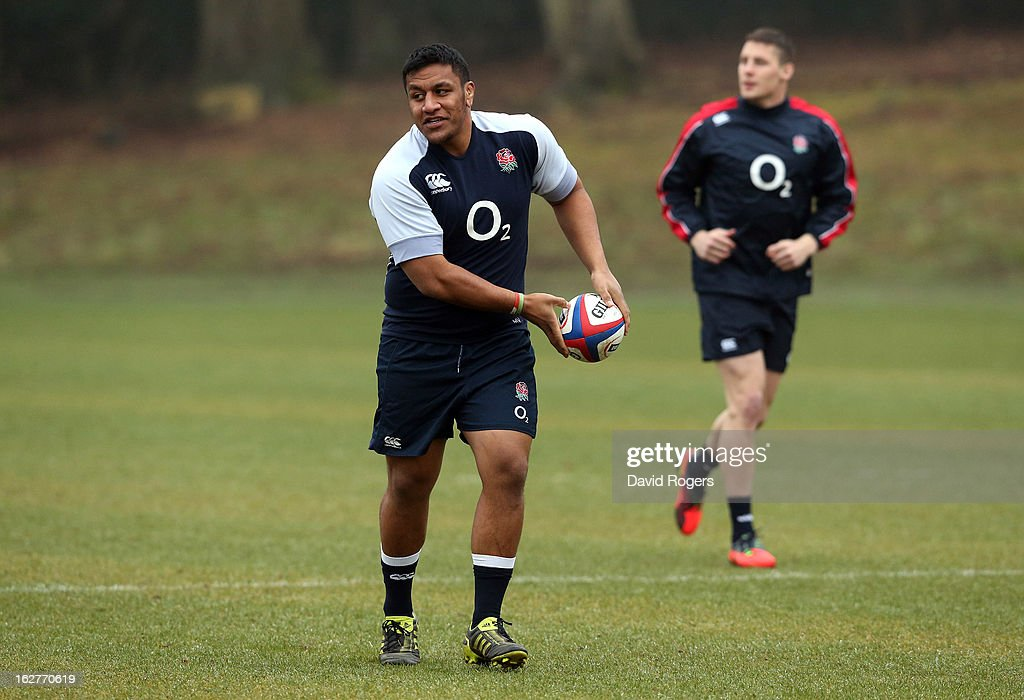 Mako Vunipola passes the ball during the England training session held at Pennyhill Park on February 26, 2013 in Bagshot, England.