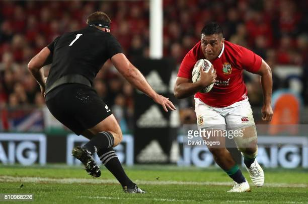 Mako Vunipola takes on Joe Moody during the Test match between the New Zealand All Blacks and the British Irish Lions at Eden Park on July 8 2017 in...