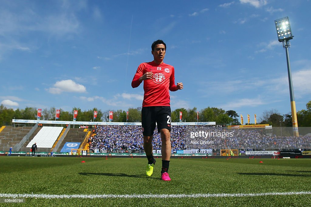 Makoto Hasebe of Frankfurt warms up for the Bundesliga match between SV Darmstadt 98 and Eintracht Frankfurt at Merck-Stadion am Boellenfalltor on April 30, 2016 in Darmstadt, Hesse.