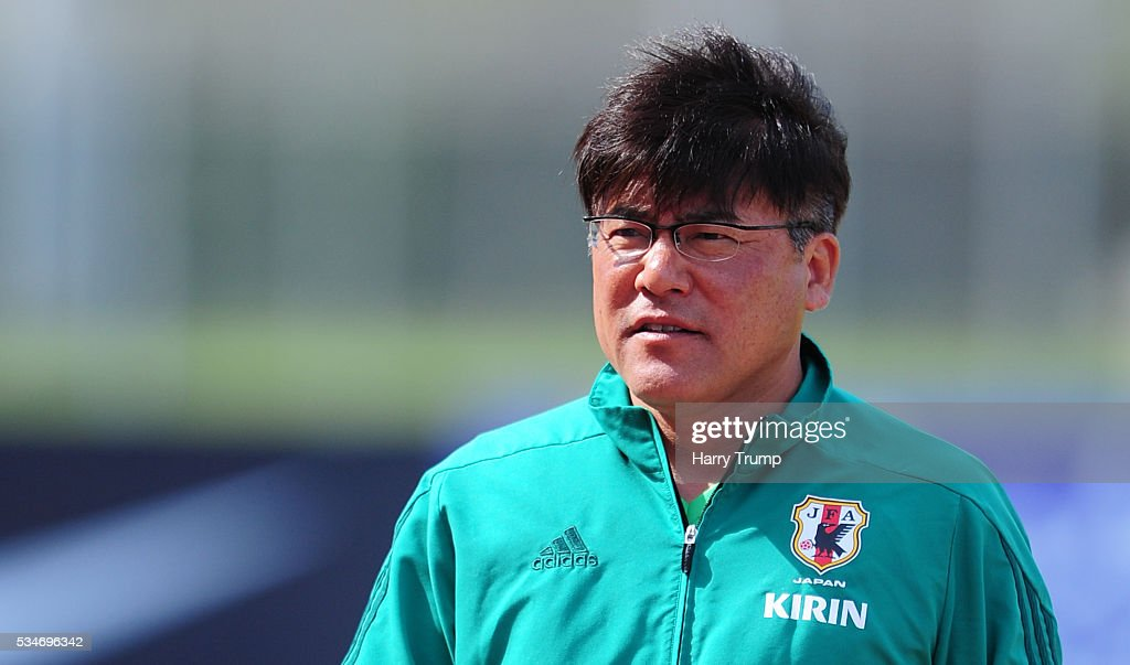 Makoto Teguramori, Coach of Japan during the Toulon Tournament match between Japan and England at the Stade Leo Lagrange on May 27, 2016 in Toulon, France.