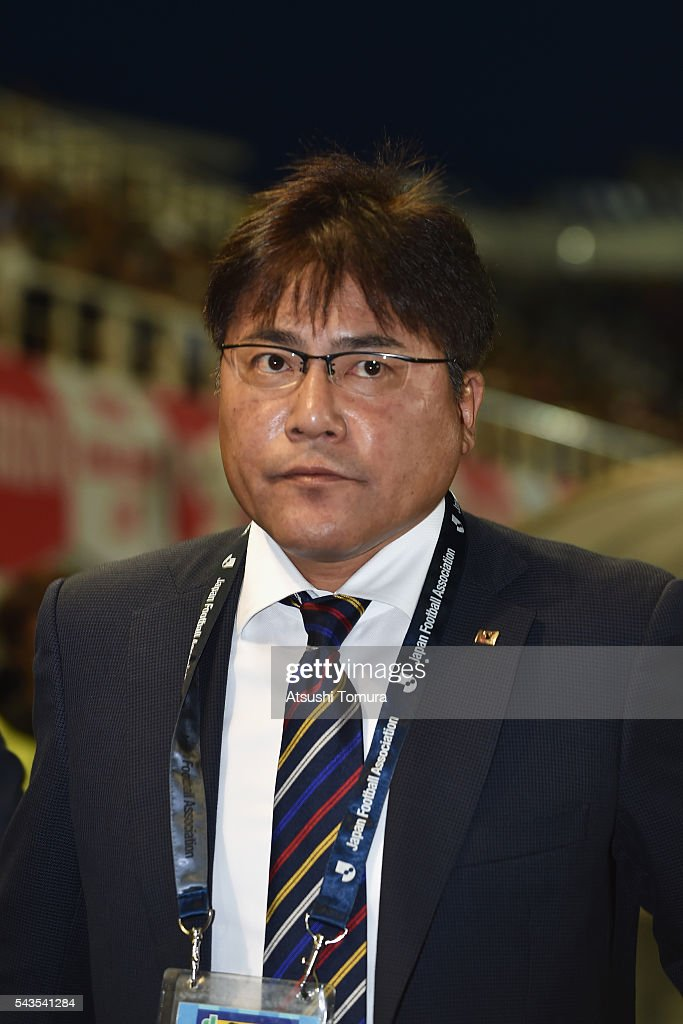 <a gi-track='captionPersonalityLinkClicked' href=/galleries/search?phrase=Makoto+Teguramori&family=editorial&specificpeople=7679211 ng-click='$event.stopPropagation()'>Makoto Teguramori</a>, head coach of Japan looks on prior to the U-23 international friendly match between Japan and South Africa at the Matsumotodaira Football Stadium on June 29, 2016 in Matsumoto, Nagano, Japan.