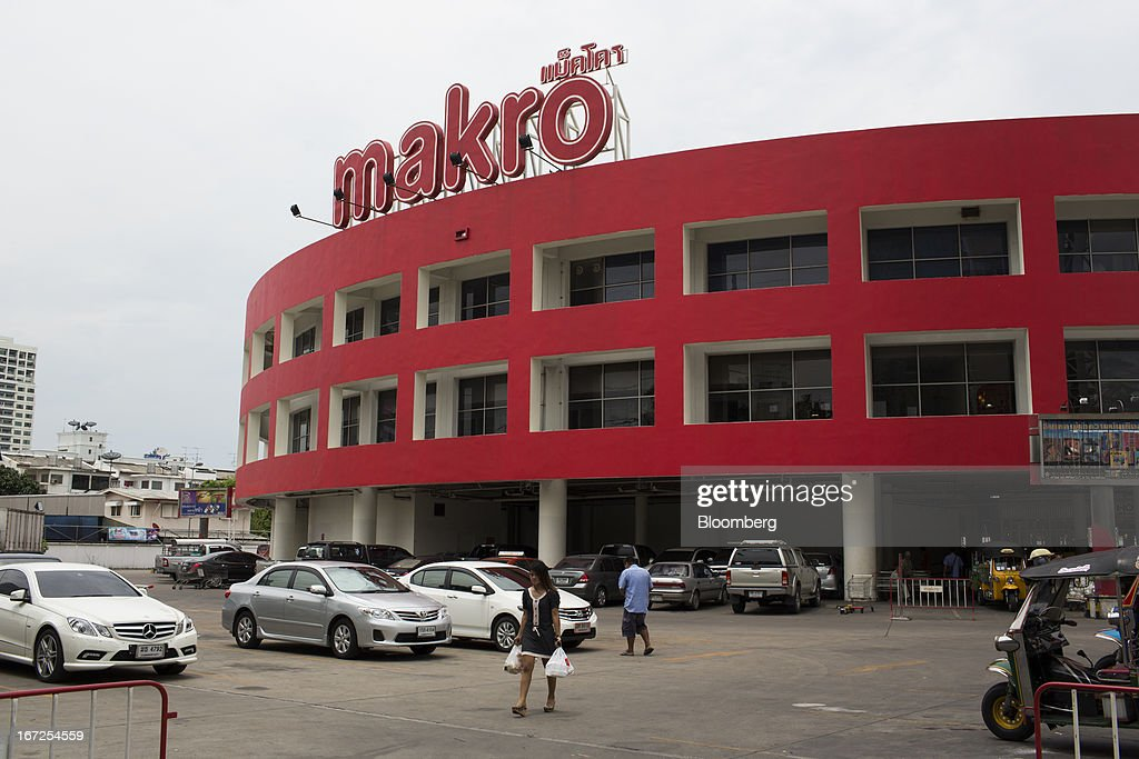 A Makro store, operated by Siam Makro Pcl, stands in Bangkok, Thailand, on Tuesday, April 23, 2013. Billionaire Dhanin Chearavanont's CP All Pcl, Thailand's 7-Eleven chain, offered to pay about $6.6 billion for discount retailer Siam Makro Pcl in the biggest takeover announced in Asia this year. Photographer: Brent Lewin/Bloomberg via Getty Images