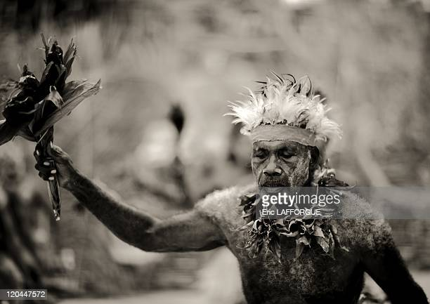 Malagan dance in Kavieng in New Ireland Papua New Guinea on September 28 2009 The Paplieng tribe lives in front of the sea The men use to wear some...