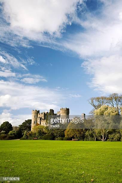 マラハイド城、アイルランド