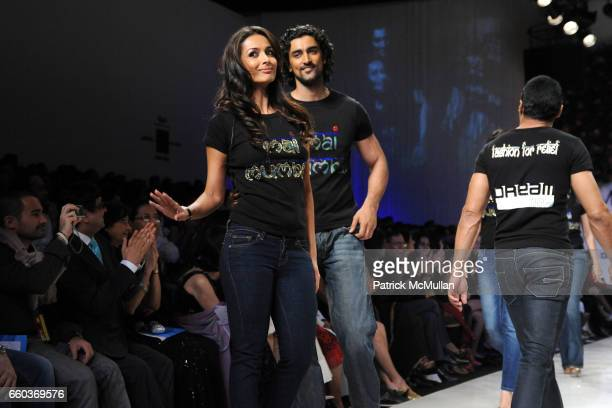 Malaika Arora Khan Kunal Kapoor and Rahul Bose attend VIKRAM CHATWAL HOTELS Presents MAI MUMBAI with Fashion For Relief at LAKME FASHION WEEK at The...