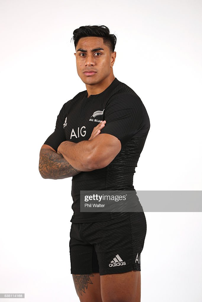 <a gi-track='captionPersonalityLinkClicked' href=/galleries/search?phrase=Malakai+Fekitoa&family=editorial&specificpeople=9630619 ng-click='$event.stopPropagation()'>Malakai Fekitoa</a> of the All Blacks poses for a portrait during a New Zealand All Black portrait session on May 29, 2016 in Auckland, New Zealand.