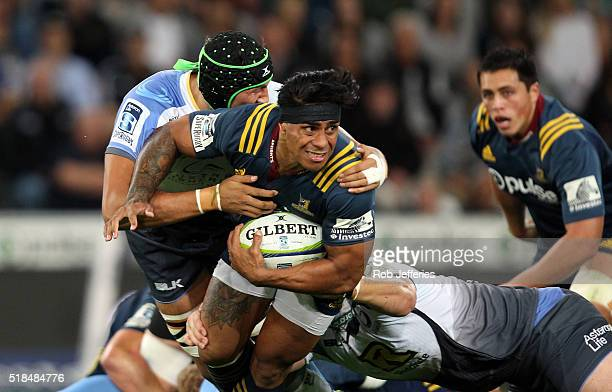 Malakai Fekitoa of the Highlanders looks to offload during the round six Super Rugby match between the Highlanders and the Western Force at Forsyth...