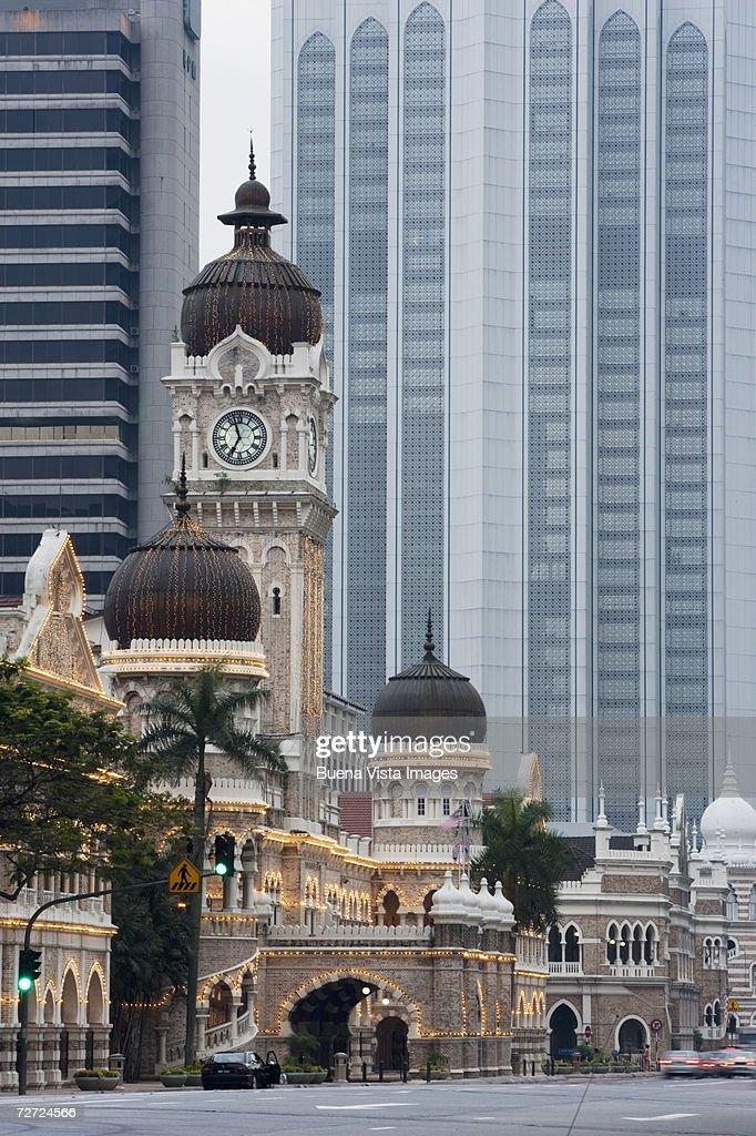 Malaysia, Kuala Lumpur, Sultan Abdul Samad Building at dusk