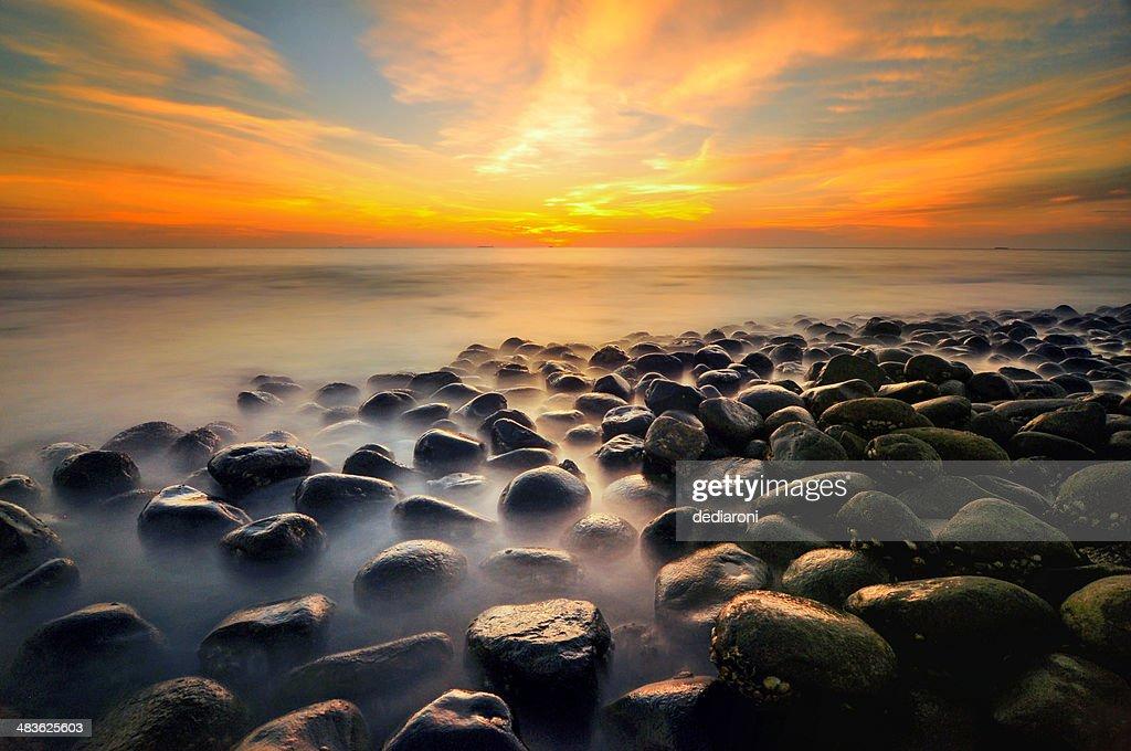 Malaysia, Pantai, Sunset at sea : Stock Photo