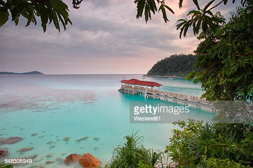 Malaysia, Perhentian Islands, idyllic landscape with wooden pier
