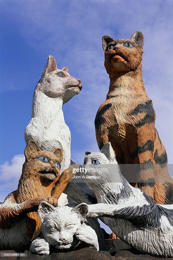 Malaysia, Sarawak, Kuching, cat monuments : Stock Photo