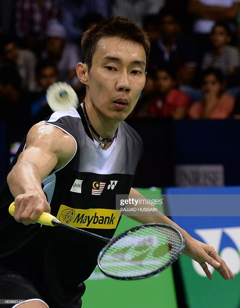 Malaysian badminton player Lee Chong Wei in action against Du