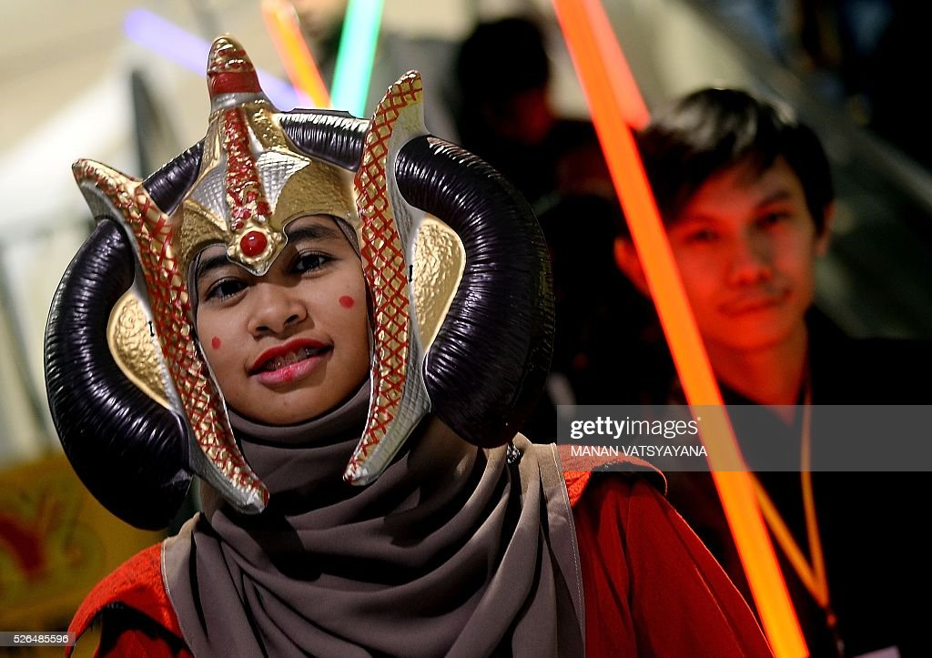 Malaysian Hanani Wan dressed as popular 'Star Wars 'character Queen Padm�� Amidala poses during an event to mark the Star Wars Day celebration in Kuala Lumpur on April 30, 2016.