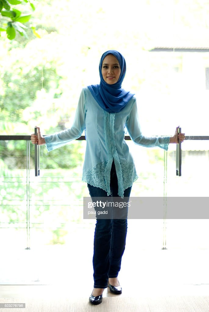 lake ann muslim single women Lake ann has the largest proportion of percent of single women 60 to 65 at 25% of the total and is ranked #1 lake ann michigan citizenship charts the next section of charts detail information about citizenship.