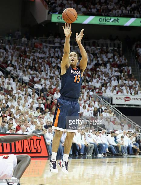 Malcolm Brogdon of the Virginia Cavaliers shoots the ball during the game against Louisville Cardinals at KFC YUM Center on January 30 2016 in...