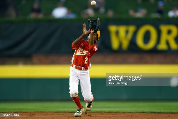 Malcolm Deason of the Southwest team from Texas makes a catch during Game 4 of the 2017 Little League World Series against the Great Lakes team from...