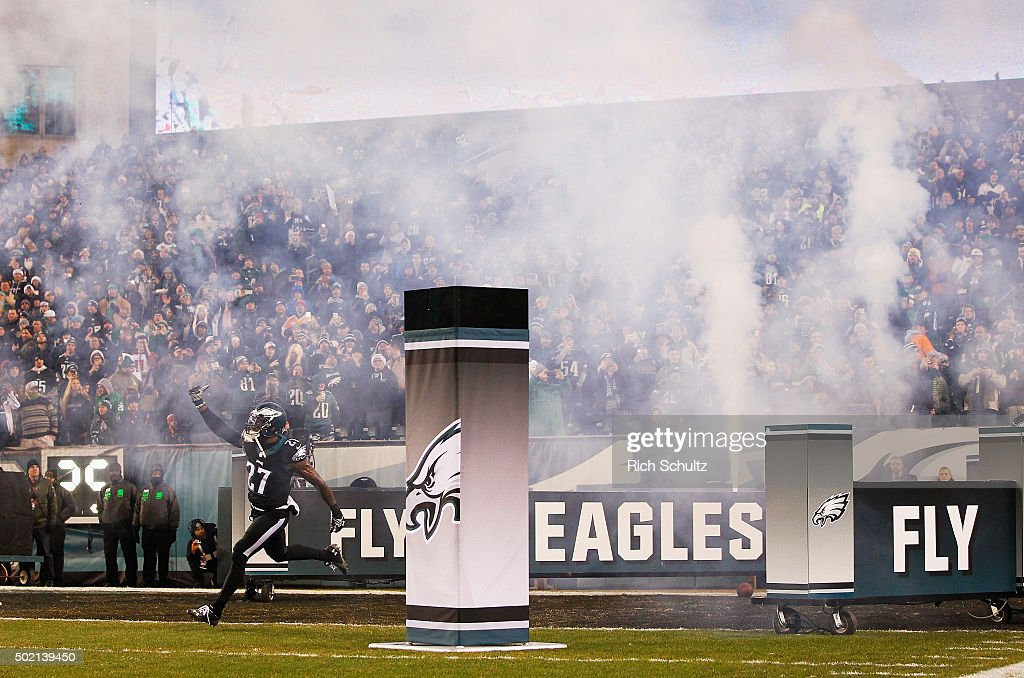 Malcolm Jenkins of the Philadelphia Eagles takes the field before the game against the Arizona Cardinals at Lincoln Financial Field on December 20...