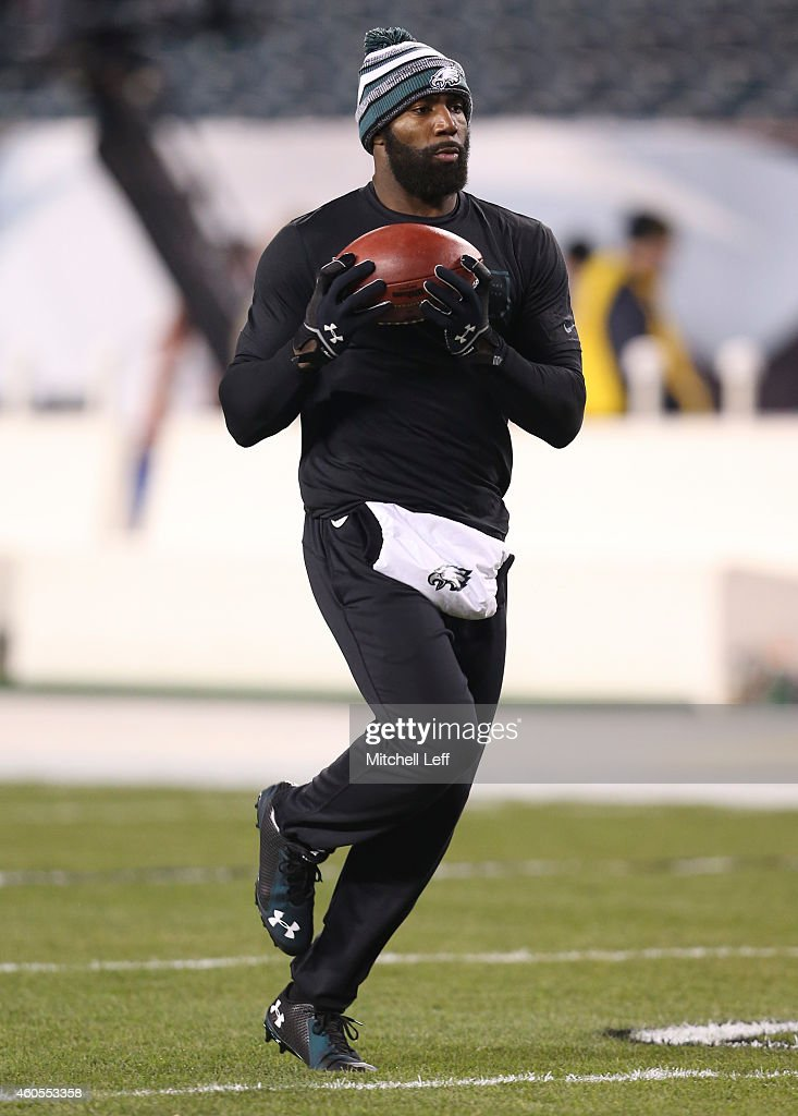 Malcolm Jenkins of the Philadelphia Eagles warms up prior to the game against the Dallas Cowboys at Lincoln Financial Field on December 14 2014 in...
