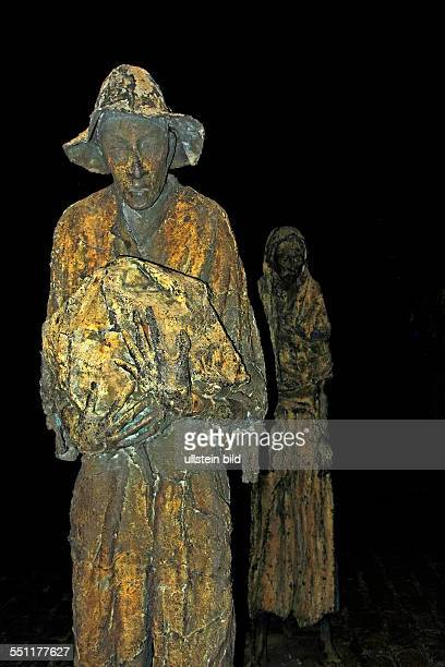 Male and Female Famine figures Dublin Republic of Ireland Europe