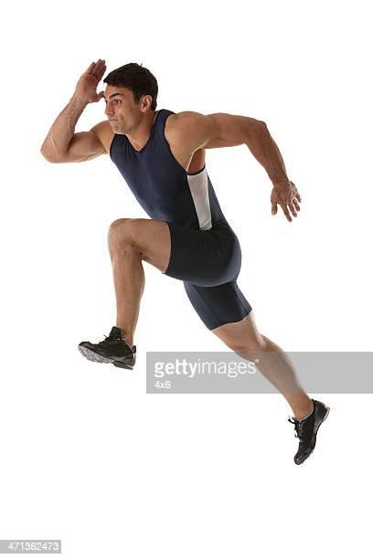 Mâle athlète courir