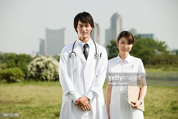 雄医師、看護師、女性のポートレート