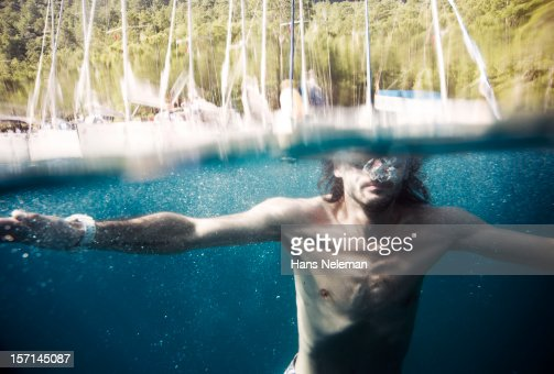 Male swimmer underwater : Stock Photo