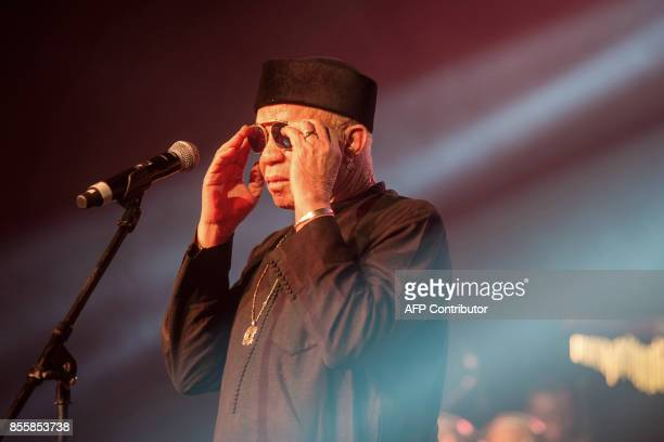 Malian musician Salif Keita performs at the 20th Standard bank Joy of Jazz festival at the Sandton Convention Center in Johanneburg on September 29...