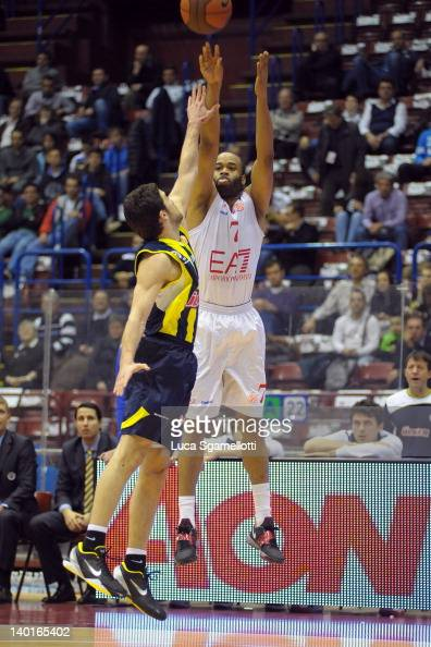 Malik Hairston #7 of EA7 Emporio Armani Milan in action during 20112012 Turkish Airlines Euroleague TOP 16 Game Day 6 between EA7 Emporio Armani...