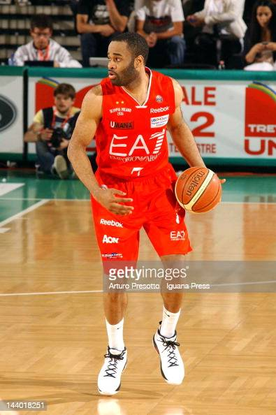 Malik Hairston of EA7 Emporio Armani in action during the Lega Basket Serie A match between Benetton Treviso and EA7 Emporio Armani Milan at...