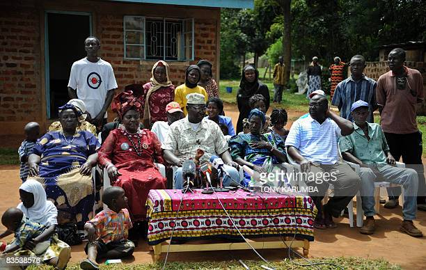 Malik Obama the halfbrother of US Democratic presidential hopeful Barak Obama gives a press conference with other relatives at the Obama's rural home...