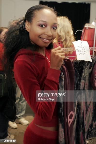 Malina Moye backstage at Deborah Lindquist Fall 2005